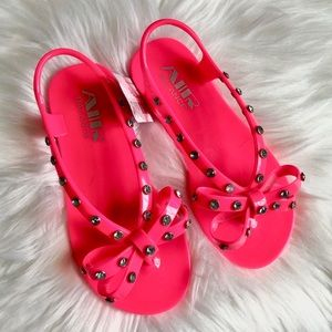 NIB Air Balance Hot Pink Rhinestone Studded Sandal